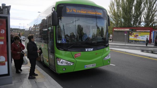 Imagen de recurso de un autobús interurbano en la localidad de Boadilla del Monte.