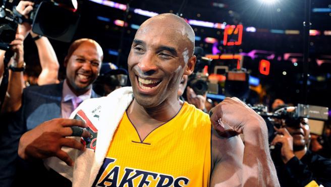 Kobe Bryant scores 60 in final game