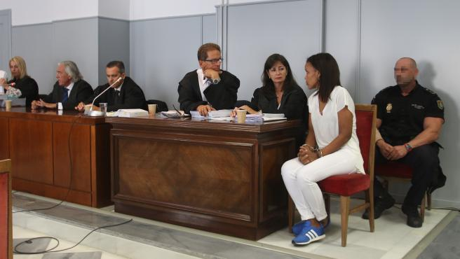 Los abogados del juicio con jurado contra Ana Julia Quezada
