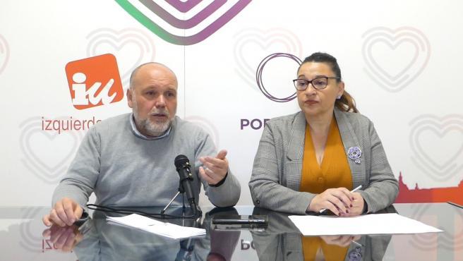 Los ediles de IU-Unidas Podemos de Toledo en rueda de prensa.