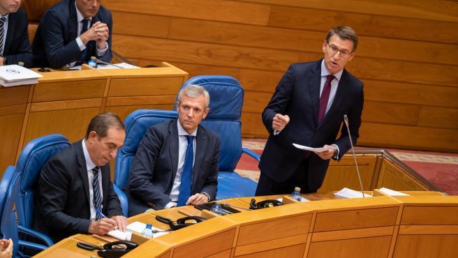 O presidente da Xunta, Alberto Núñez Feijóo, responde as preguntas dos grupos no Pleno da Cámara. Pazo do Hórreo, Santiago de Compostela, 8 de outubro de 2019.