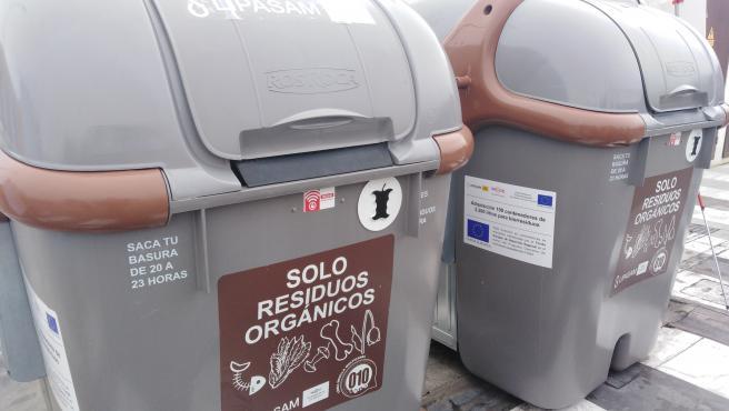Contenedores de reciclaje de biorresiduos de Lipasam.