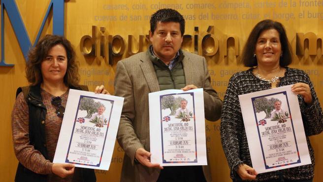 Presentación Fiesta de la Molienda para la población angloparlante de Málaga.