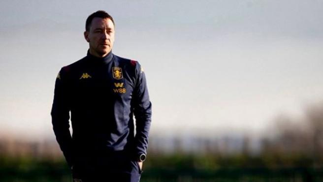 El entrenador del Aston Villa, John Terry.