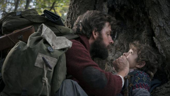 'Un lugar tranquilo 2': John Krasinski se deja ver delante de las cámaras en el nuevo adelanto