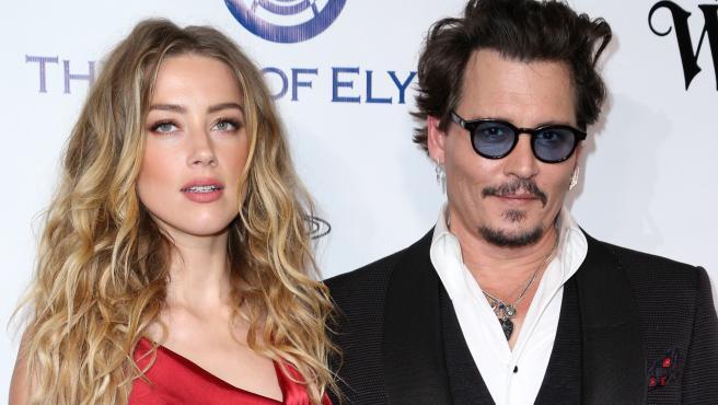 """Amber Heard declara en el juicio de Johnny Depp: """"Me decía que la ..."""
