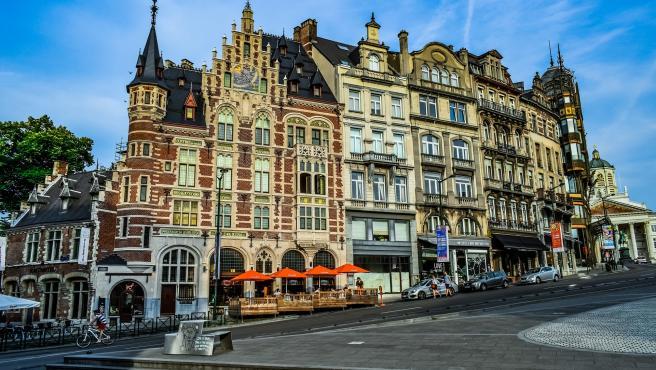 La principal debilidad de la ciudad belga son las redes de transporte (32,1 puntos) porque en las otras dos variables obtiene puntuaciones notables. De media 65,5 puntos.