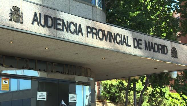 Entrada de la Audiencia Provincial de Madrid-