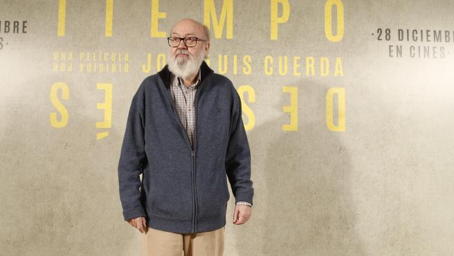 El director José Luis Cuerda durante la presentación de la película 'Tiempo después' en Madrid.