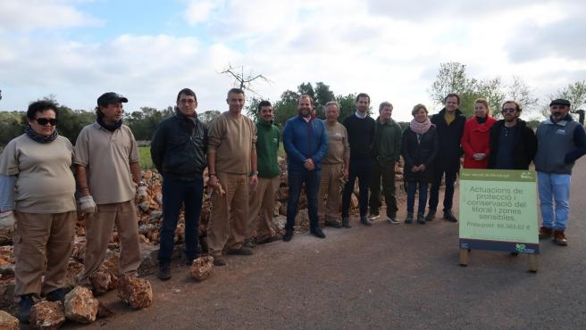 El Govern visita el Parque Natural de Mondragó, donde se ejecuta un proyecto de conservación de espacios naturales protegidos.