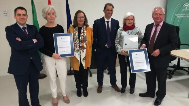Entrega certificados de calidad a los hospitales de Écija y Utrera