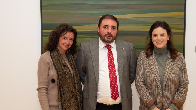 Parlamento visita de los representantes de la Fundación Fabre.