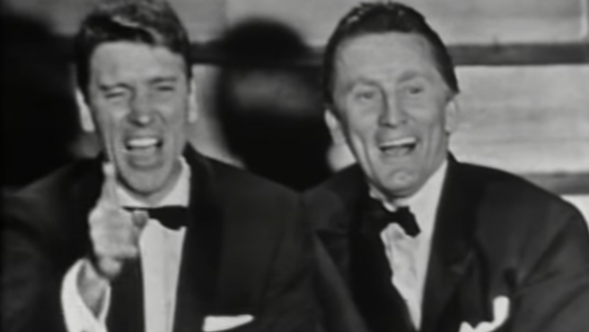 Cuando Kirk Douglas y Burt Lancaster se rieron de los Oscar (en los Oscar)