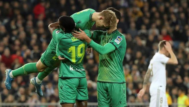 La Real celebra uno de sus goles ante el Madrid en Copa