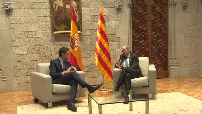 Sánchez propone a Torra iniciar en febrero la mesa de diálogo