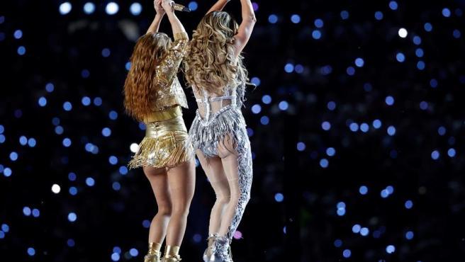 Shakira y Jennifer López, en la Super Bowl.