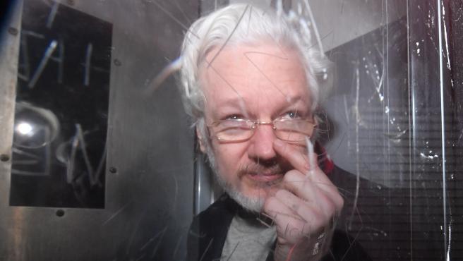 Wikileaks founder Julian Assange trial in London