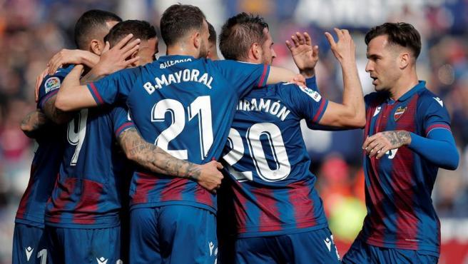 El Levante celebra uno de sus goles ante el Leganés.