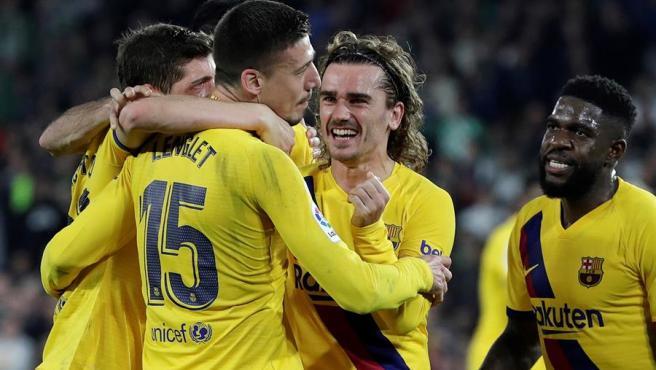 El Barça celebra uno de sus goles ante el Betis.