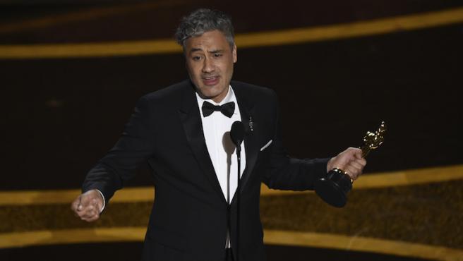 Nunca adivinarías dónde ha guardado Taika Waititi su Oscar
