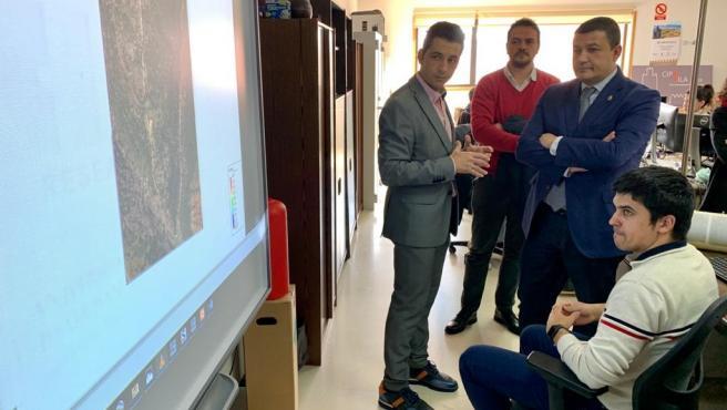Visita del presidente de la Diputación de Ávila a la Escuela Politécnica Superior de la USAL.