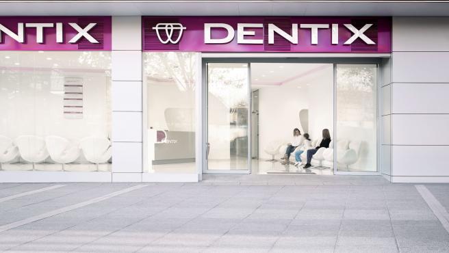 Imagen de archivo de una clínica de Dentix.