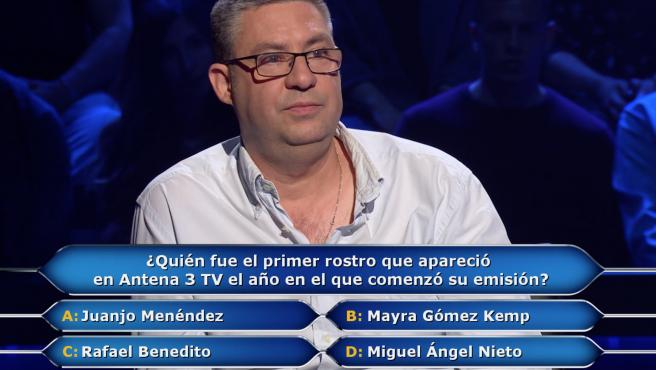 Eduardo Benito, de 'Pasapalabra', concursa en '¿Quién quiere ser millonario?'.