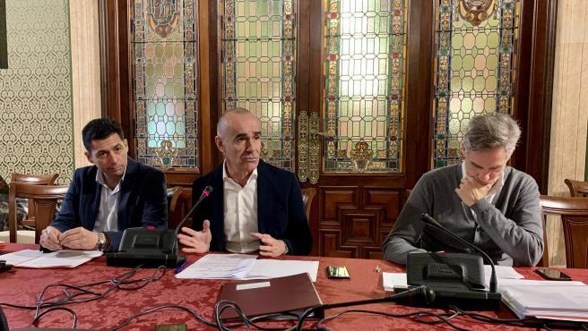 El delegado de Hábitat Urbano, Cultura y Turismo de Sevilla, Antonio Muñoz, durante la rueda de prensa tras el consejo de Urbanismo