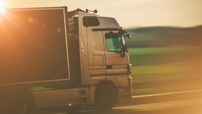 Las empresas dedicas a la fabricación de este tipo de vehículos apuestan por baterías que puedan impulsar grandes camiones dedicados a industrias logísticas.