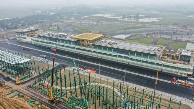 Imagen aérea del circuito de Hanoi, durante su construcción.