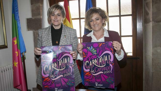 La alcaldesa y la concejala de festejos en la presentación del Carnaval 2020