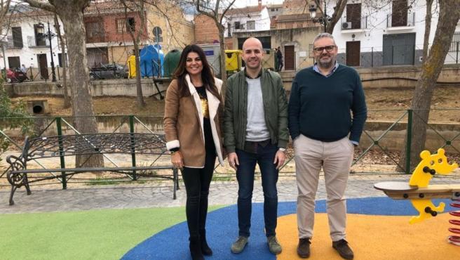La delegada de Justicia, Administración Local y Turismo visita Villaueva del Trabuco