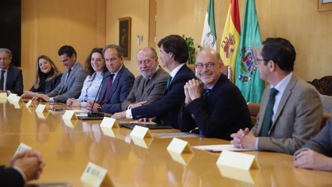 Presentación del nuevo punto de encuentro empresarial en la Casa de la Provincia