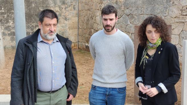 El secretario autonómico de Memoria Democrática, Jesús Jurado y el director general de Memoria Democrática, Marc Herrera se han reunido con la directora de Memoria Democrática de la Conselleria de Justicia de la Generalitat, Gemma Domènech.