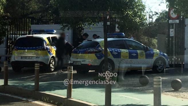 Policía Local encuentra a una menor desaparecida en Parque Amate