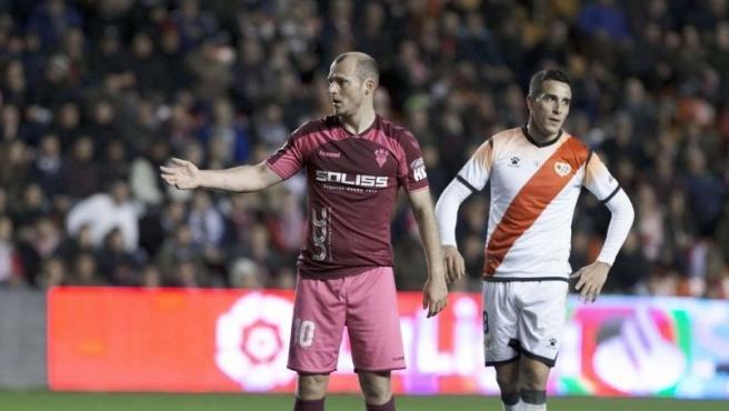 Roman Zozulia, jugador del Albacete Balompié, en el Estadio de Vallecas.