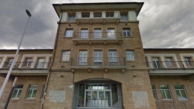 Fachada de la Universidad Laboral de Gijón.