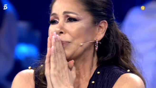 La cantante Isabel Pantoja se emociona en el programa 'Volverte a ver'