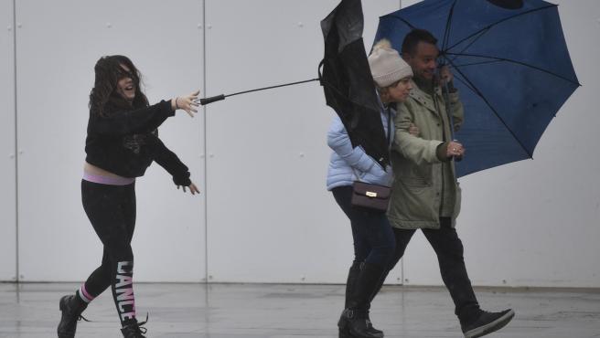 La borrasca Dennis provocó fuertes rachas de viento en Reino Unido.