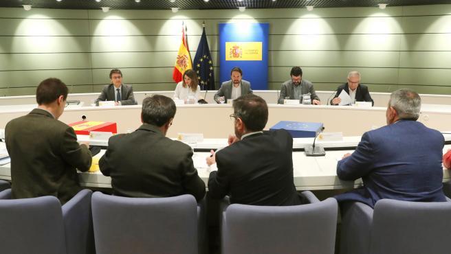 Reunión de Yolanda Díaz y Pablo Iglesias con asociaciones agrarias.
