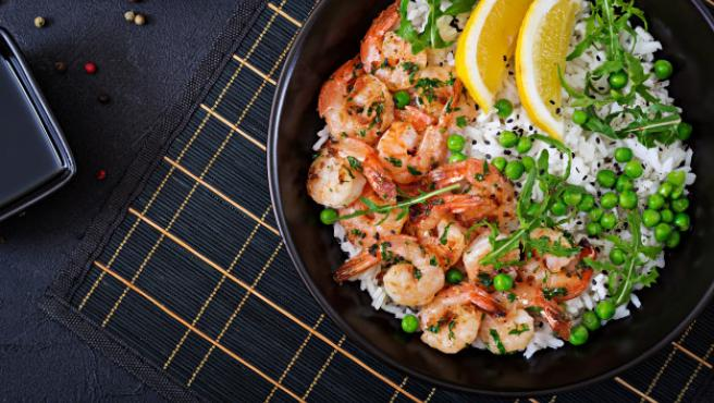 El arroz y la verdura son dos de los productos básicos en la cocina al vapor.