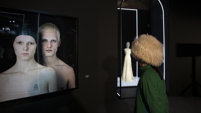 Exposición sobre David Delfín en Madrid.