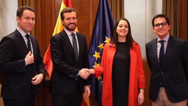 Reunión entre Casado y Arrimadas este martes en Madrid