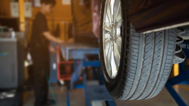 Si los componentes del coche como el tubo de escape o el catalizador funcionan bien, las emisiones se reducirán.