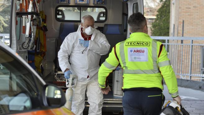 Imagen de un trabajador sanitario en el hospital de Codogno, en Italia.