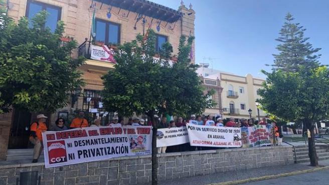 La Plataforma por el Tren Rural Andaluz en una de sus protestas