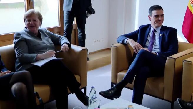Angela Merkel y Pedro Sánchez, reunidos este viernes.