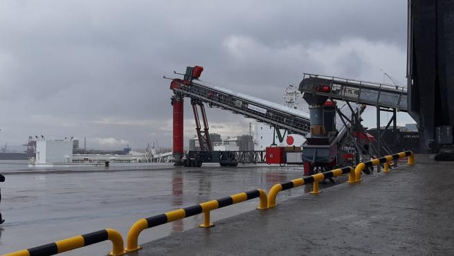 Terminal de carga del Grupo Masaveu en El Musel