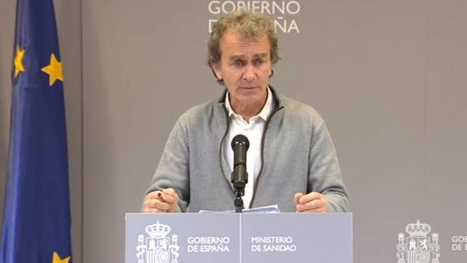 El director del Centro de Coordinación de Alertas y Emergencias Sanitarias del Ministerio de Sanidad, Fernando Simón, en rueda de prensa.