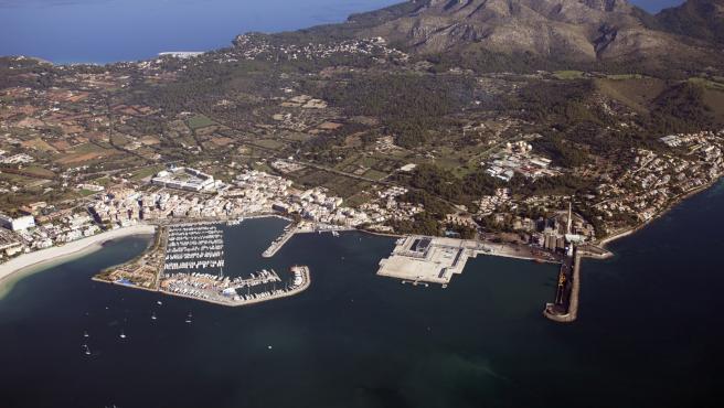 Imagen aérea del Puerto de Alcúdia, un puerto clasificado como de interés general y gestionado por el Estado.